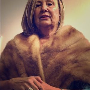 Beautiful vintage top quality mink stole.